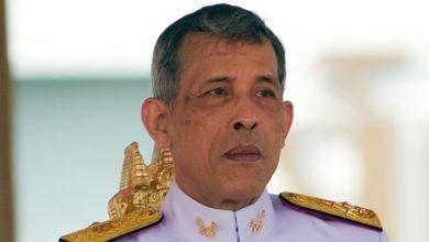 Photo of Le roi de Thaïlande se confine avec un harem de 20 femmes dans un hôtel de luxe
