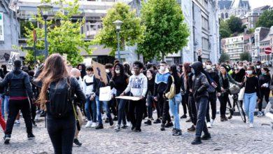 Photo of Manifestation Black Lives Matter à Liège ce samedi: près de 1.000 personnes se réunissent aux Guillemins, le rassemblement toléré bien qu'interdit